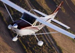 Aerial photography of the Textron Cessna 182 Skylane south of Wichita, KS.  Eisenhower Airport (ICT) Wichita, KS   20151020