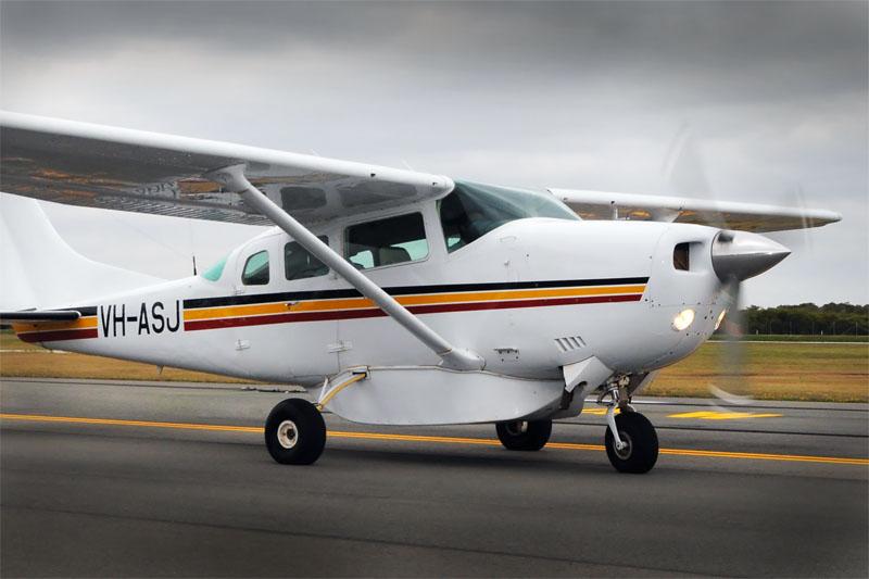Cessna U 206 G VH ASJ Redcliffe Aero Club