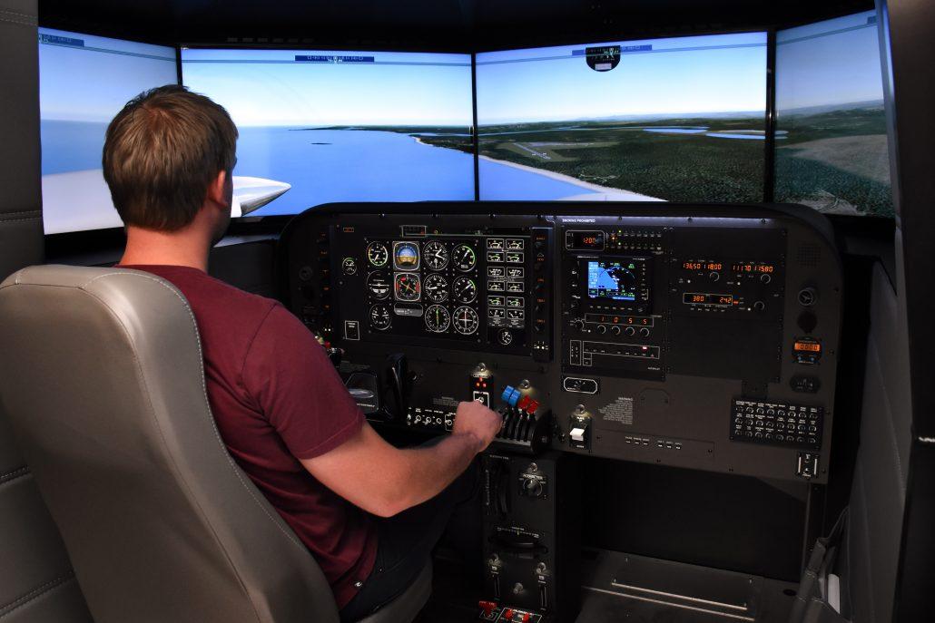 DCX MAX NG Flight Simulation Training Device (FSTD